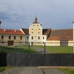 hospodarsky-dvur-kalec 4
